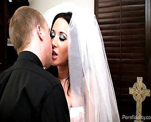 Sexy copulate jayden james copulates their way priest