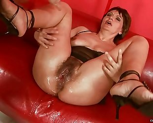 Squirting obese sex tool mature