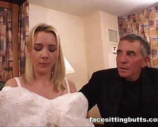 Bride-to-be got a horrific facial