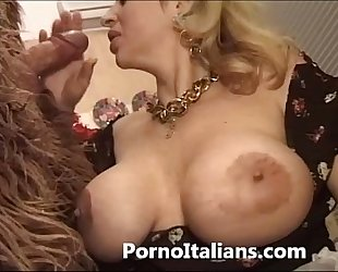 Italian porn capers - porno comico italiano matura scopa tough guy