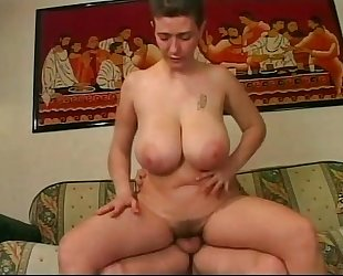 Mature non-professional woman with big pointer sisters having sex ...