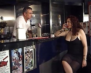 Horny jessica walk into the bar of sin to smack the bartender's rod