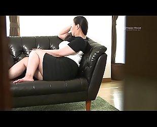 Happy House - Japanese BBW Housewife Kyoko Ikenaga Masturbates