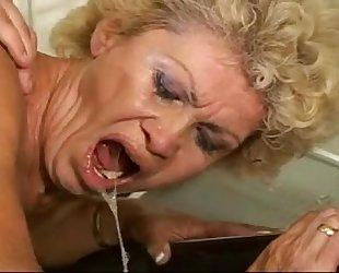 Sex-proof granny - effie kitchen - curly