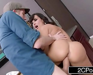 Club cougar lisa ann steals the dong in the wom...