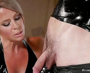 Milf blonde submits get up to in ribber accommodate