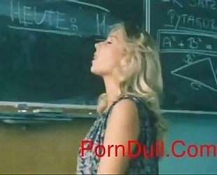 Beautiful Hairy Girl Fuck In School Area