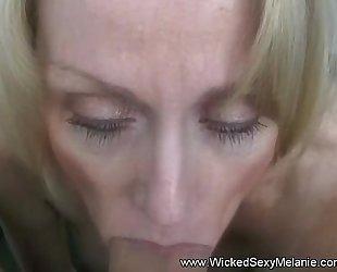MILF Craves Sex Attentiveness stick-to-it-iveness