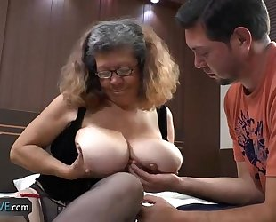 AgedLove chubby mature is fucking on fringe