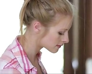 Young chap seduces aged mommy - 999cams.xyz