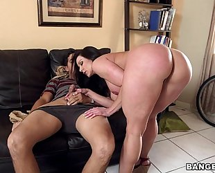 Big a-hole milf kendra longing on her kness for some schlong