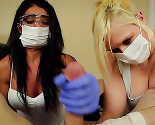 Pov double cook jerking alexis rain and fifi foxx dental assistants mask and gloves