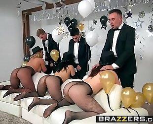 Brazzers.com - pornstars like it large - brazzers fresh years eve party scene starring chanel preston, kris