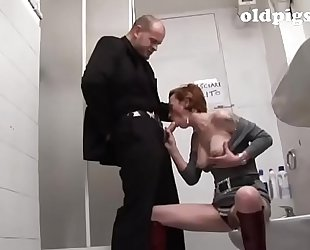 Mature bitch picked up in a bar and team-fucked in the shitter!