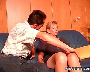 Hot and lustful aged wench acquires soaked