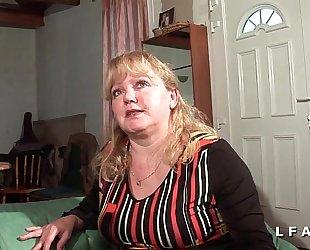 Petite grosse older sodomisee et fistee par son mari