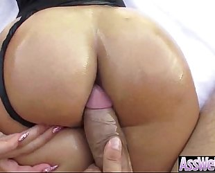 Big round booty housewife (kelsi monroe) have a fun anal sex on camera video-15