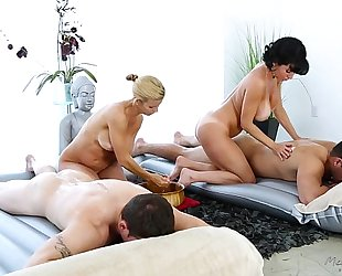 Foursome massage - veronica avluv, alexis fawx