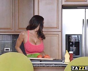 Cheating whore ava had double penetration