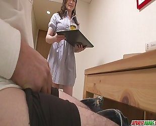 Skilled miyama ranko makes him cum out of penetration