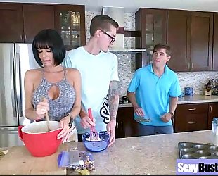 Mature wife (veronica avluv) with large juggs have a fun intercorse movie-28