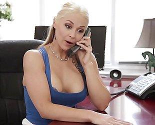 Sarah vandella cheats with her stepson - gorgeous impure