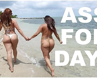 Bangbros - latin chick lesbian babes spicy j & miss raquel's asstastic day at the beach