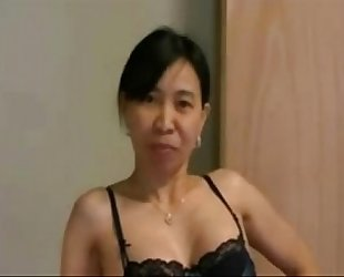 Asianwife cuckolds white fellow