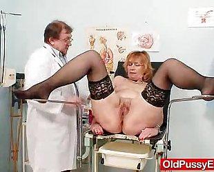 Redhead gran muff gaping at gyno clinic