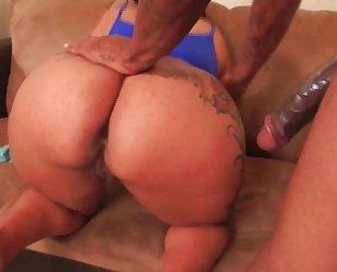 Big butt dark milf takes large jock
