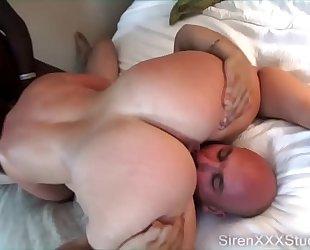 Pawg fucking 2 strangers