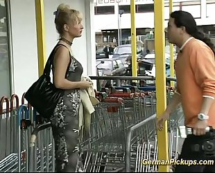 German wife is picked up at store